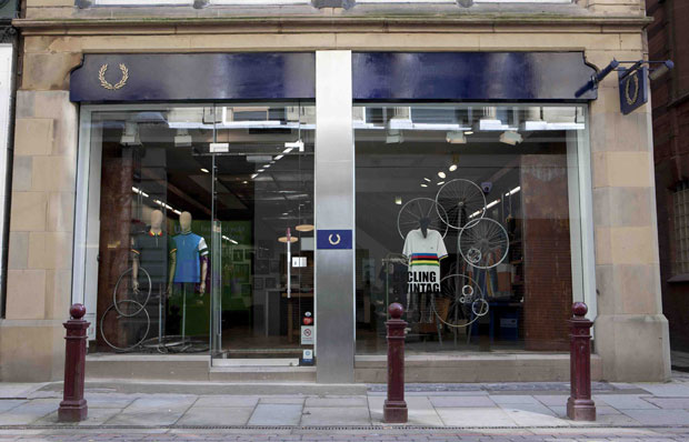 Perry Scaffolding On Stairs : Fred perry laurel wreath manchester store refit