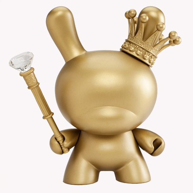Kidrobot-8-Inch-Gold-King-Dunny-2
