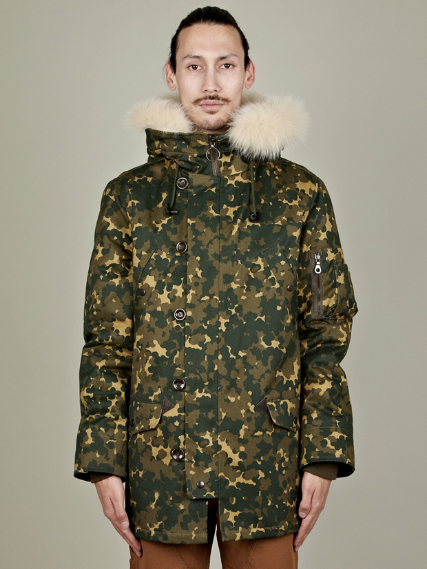 APC-Camo-Parka-des-Neiges-02