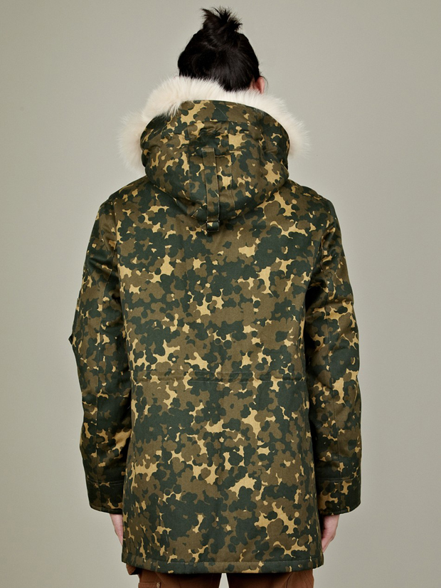 APC-Camo-Parka-des-Neiges-03