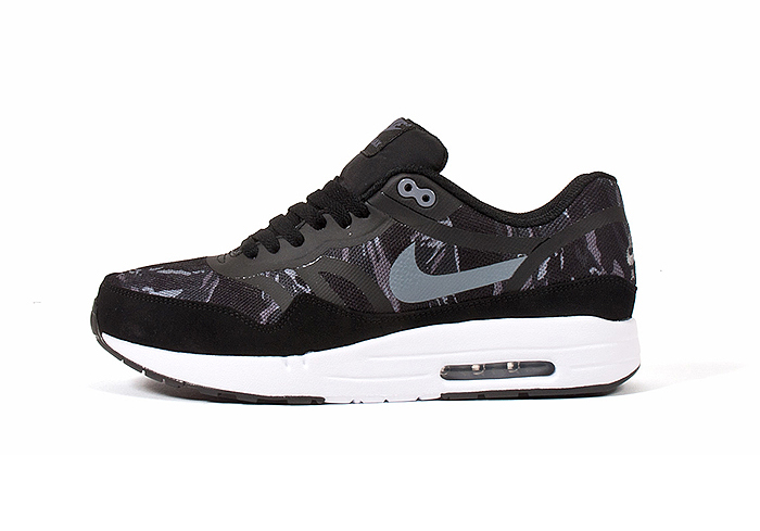 Nike Air Max 1 Premium Tape Camo Pack