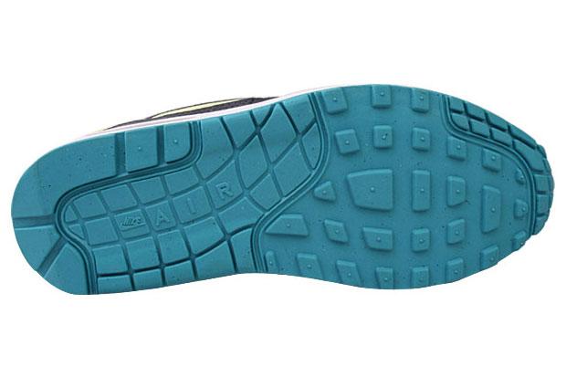 Nike-Air-Max-1-Citrine-Yellow-02