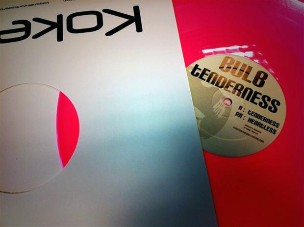 Kokeshi-006-Bulb-Tenderness-Pink-Vinyl