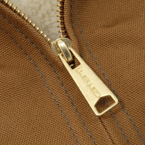 00-012-2011_apccarhartt_detroitrevisitedjacket_brown_detail5